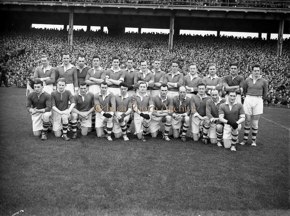 12/10/1952<br />