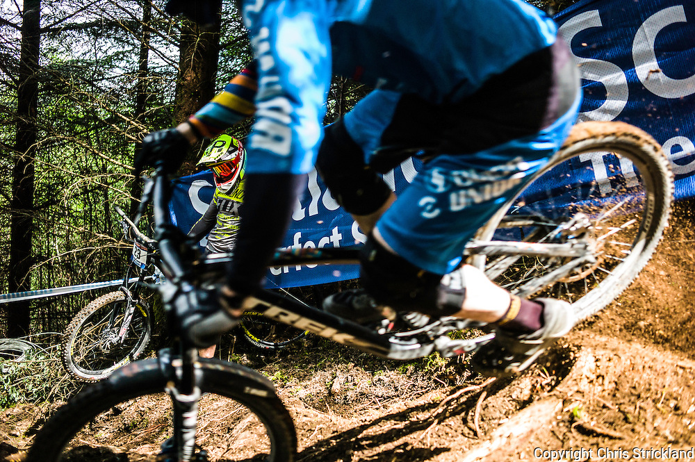 Nevis Range, Fort William, Scotland, UK. 3rd June 2016. Remi Thirion of France is a beaten man in the wooded section of the Scottish track. The worlds leading mountain bikers descend on Fort William for the UCI World Cup on Nevis Range.
