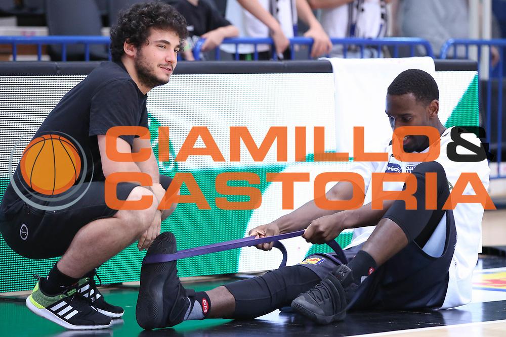 Hogue Dustin e Giacomo BeccucciI, Dolomiti Energia Trentino vs Umana Reyer Venezia LBA Serie A Playoff Finale gara 4 stagione 2016/2017 Pala Trento, Trento 16 giugno 2017