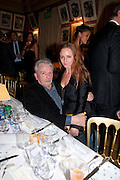 DAVID BAILEY;  STELLA MCCARTNEY, Graydon Carter hosts a diner for Tom Ford to celebrate the London premiere of ' A Single Man' Harry's Bar. South Audley St. London. 1 February 2010
