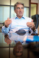 Germano Antônio Rigotto (Caxias do Sul, 24 de setembro de 1949) é um dentista, advogado e político brasileiro. Em novembro de 2002, Rigotto foi eleito governador do estado do Rio Grande do Sul, pelo PMDB. Venceu nos dois turnos das eleições, sendo eleito com 3.148.788 votos. FOTO: Jefferson Bernardes/Preview.com