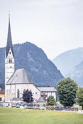 11.07.2019, Kitzbühel, AUT, Ö-Tour, Österreich Radrundfahrt, 5. Etappe, von Radstadt nach Fuscher Törl (103,5 km), im Bild Peloton bei Sankt Leonhard // Peloton at Sankt Leonhard during 5th stage from Bruck an der Glocknerstraße to Kitzbühel (161,9 km) of the 2019 Tour of Austria. Kitzbühel, Austria on 2019/07/11. EXPA Pictures © 2019, PhotoCredit: EXPA/ JFK