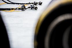 September 14, 2018 - Singapore, Singapore - Motorsports: FIA Formula One World Championship 2018, Grand Prix of Singapore, .impact wrench  (Credit Image: © Hoch Zwei via ZUMA Wire)
