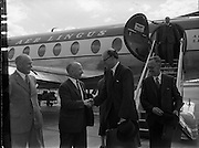 24/06/1957<br /> <br /> Arrival of Lord Packenham for Social Service Congress