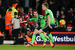 Max Gradel of Bournemouth puts Southampton under pressure - Mandatory by-line: Jason Brown/JMP - Mobile 07966 386802 01/03/2016 - SPORT - FOOTBALL - Bournemouth, Vitality Stadium - AFC Bournemouth v Southampton - Barclays Premier League