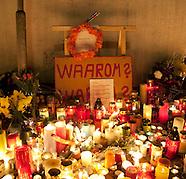 Herdenking slachtoffers schietpartij moord Ridderhof  Alphen aan den Rijn