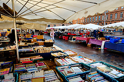 Street market in the Place de Capitol, Toulouse, France<br /> <br /> (c) Andrew Wilson   Edinburgh Elite media