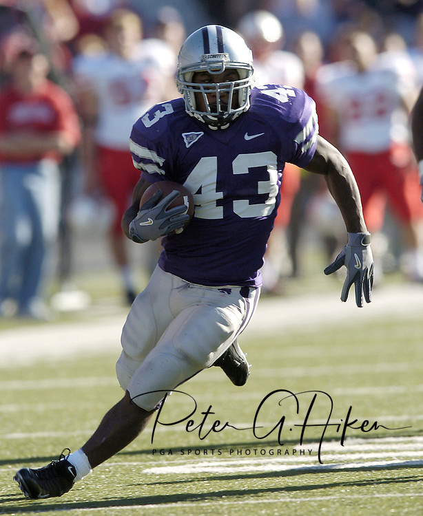 Kansas State running back Darren Sproles rushed for 135-yards on 22 carries and scored two touchdowns against Nebraska, as the Wildcats defeated the Huskers 45-21 at KSU Stadium in Manhattan, Kansas, Oct. 23, 2004.