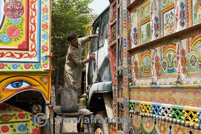 TRAVEL - Pakistan - Rawalpindi, Truck City - 02/07/08  - ph. Andrea Francolini