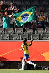 06.07.2011, Commerzbank-Arena, Frankfurt, GER, FIFA Women Worldcup 2011, Gruppe D, Äquatorial-Guinea (EQG) vs. Brasilien (BRA) ,. im Bild Marta (BRA) bedankt sich bei den Fans . // during the FIFA Women´s Worldcup 2011, Pool D, Equatorial Guinea vs Brazil on 2011/07/06, Commerzbank-Arena, Frankfurt, Germany. EXPA Pictures © 2011, PhotoCredit: EXPA/ nph/  Karina Hessland       ****** out of GER / CRO  / BEL ******