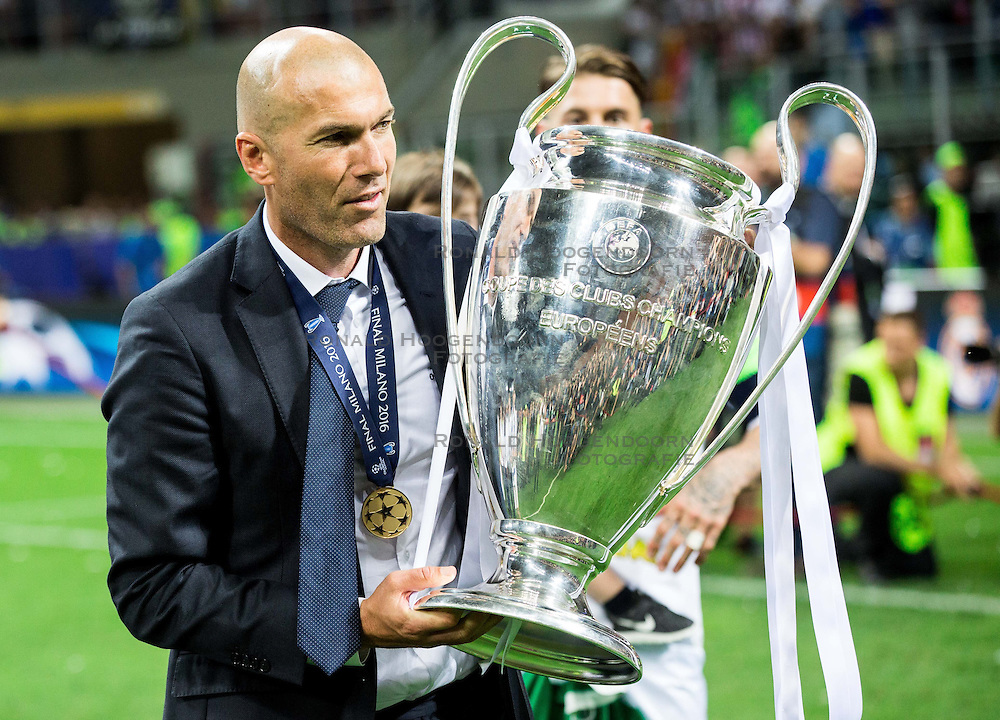28-05-2016 ITA, UEFA CL Final, Atletico Madrid - Real Madrid, Milaan<br /> Zinédine Zidane, head coach of Real Madrid celebrates after winning<br /> <br /> ***NETHERLANDS ONLY***