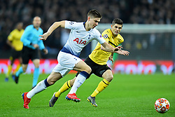 February 13, 2019 - London, England, United Kingdom - Tottenham defender Juan Foyth is under pressure from Borussia Dortmund midfielder Christian Pulisic during the UEFA Champions League match between Tottenham Hotspur and Ballspielverein Borussia 09 e.V. Dortmund at Wembley Stadium, London on Wednesday 13th February 2019. (Credit: Jon Bromley | MI News & Sport Ltd) (Credit Image: © Mi News/NurPhoto via ZUMA Press)