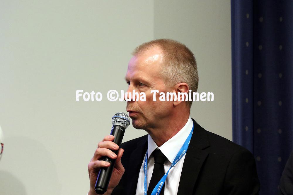 1.4.2015, Helsinki. <br /> Veikkausliigan 2015 Media-avaus.<br /> Valmentaja Olli Huttunen - VPS