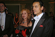 MRS LOUISE MAZZILLI AND Sacha Zackariya. War and Peace charity Ball, Dorchester Hotel. Park Lane. London. 17 February 2005. ONE TIME USE ONLY - DO NOT ARCHIVE  © Copyright Photograph by Dafydd Jones 66 Stockwell Park Rd. London SW9 0DA Tel 020 7733 0108 www.dafjones.com