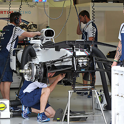 Lance Stroll's Williams Martini F1 car being prepared.<br /> Day 1 of the 2017 Formula 1 Singapore airlines, Singapore Grand Prix, held at The Marina Bay street circuit, Singapore on the 14th September 2017.<br /> Wayne Neal | SportPix.org.uk