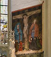 Nederland, Den Bosch, 20160723<br /> In het Bacxkoor van de huidige Sint-Janskathedraal bevindt zich een muurschildering die sinds jaar en dag met Jan van Aken in verband wordt gebracht. Het stelt een kruisiging met Johannes de Doper en de Heilige Maagd Maria voor met daaronder leden van de familie Van Wijck alias Van der Wyel. <br /> Het onderschrift luidt: Int jaer ons heren MCCC ende XLIIII doen sterf Kathrina Jordens dochter van Driel Willem Wiel was, aendie Minder broederslach, die sterf op Sint Simen en Juden avent. Bit voor die siel.<br /> Jan van Aken was de grootvader van Jheronimus Bosch<br /> Kathedraal St. Jan in Den Bosch.De Sint-Janskathedraal (voluit: de Kathedrale Basiliek van Sint-Jan Evangelist) in de binnenstad van 's-Hertogenbosch wordt veelal beschouwd als het hoogtepunt van de Brabantse gotiek. De kathedraal imponeert door zijn omvang en enorme rijkdom aan beeldhouwwerk. Uniek in Nederland zijn de dubbele luchtbogen en uniek in de wereld zijn de 96 luchtboogfiguren.De kerk in volle pracht op de Parade<br /> Sint-Janskathedraal<br /> <br /> Netherlands, Den Bosch<br /> The St. John's Cathedral (in full: the Cathedral Basilica of St. John the Evangelist) in the city of 's-Hertogenbosch is often regarded as the pinnacle of Brabant Gothic. The cathedral impresses by its size and wealth of sculpture. Unique in the Netherlands are the double flying buttresses and unique in the world, the 96 flying buttress figures.<br /> St. John's Cathedral