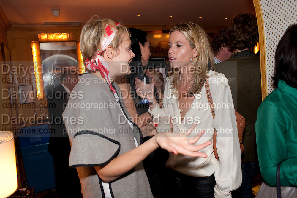 JESSICA BRINTON; FIONA MCCALPINE, PARTY FOR BLOW BY BLOW BY DETMAR BLOW AND TOM SYKES. ANNABEL'S. BERKELEY SQ. LONDON. 21 SEPTEMBER 2010. -DO NOT ARCHIVE-© Copyright Photograph by Dafydd Jones. 248 Clapham Rd. London SW9 0PZ. Tel 0207 820 0771. www.dafjones.com.