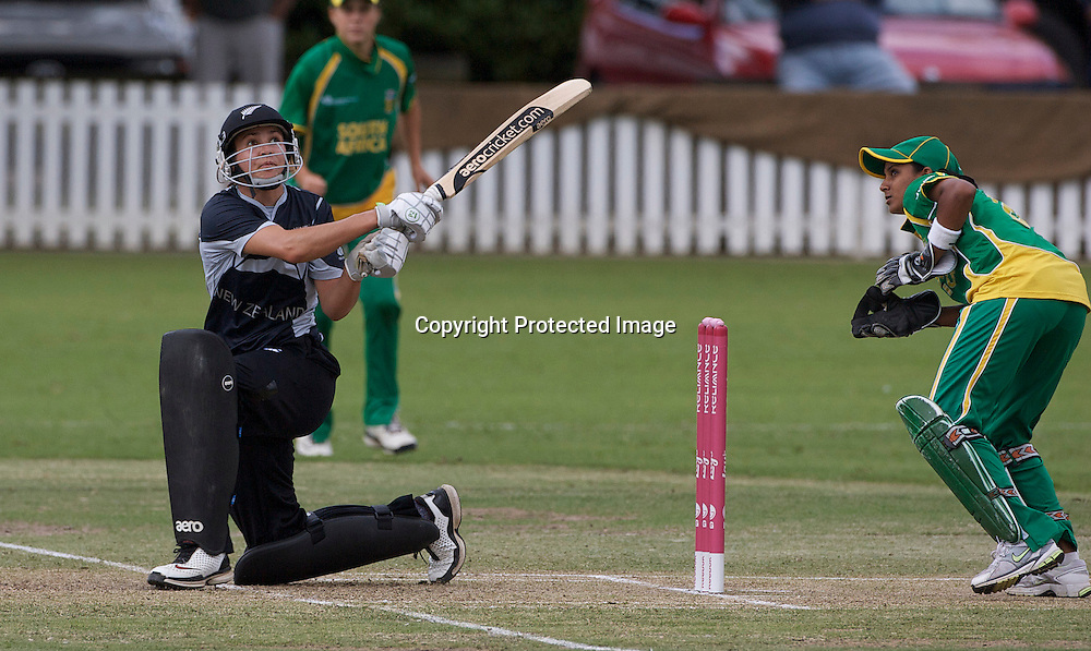 Sydney-March 12:  Sara McGlashan batting during the South Africa  V New Zealand group A match at Bradman Oval in the ICC Women's World Cup Cricket Tournament, in Bowral, Australia on March 12, 2009. New Zealand made 250 for 5 in their 50 overs. Photo by Tim Clayton.