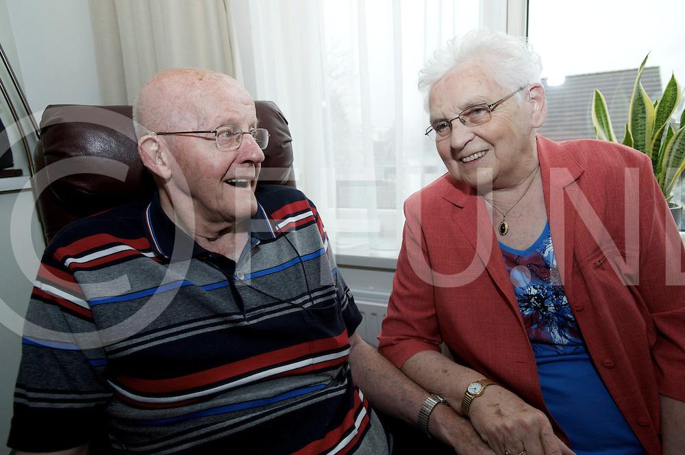 LEMELERVELD - Echtpaar Heerink-Buis 60 jaar gehuwd..FFU PRESS AGENCY COPYRIGHT FRANK UIJLENBROEK.