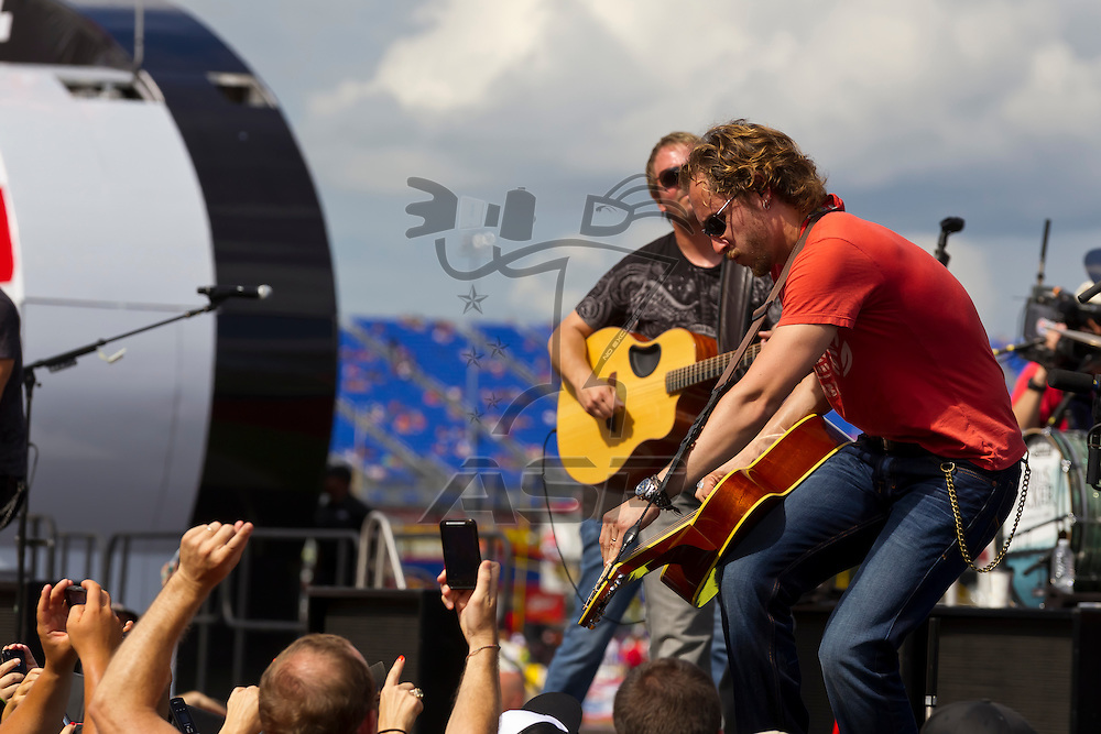 CONCORD, NC - MAY 27, 2012:  Darius Rucker plays before the Coca-Cola 600 race at the Charlotte Motor Speedway in Concord, NC.