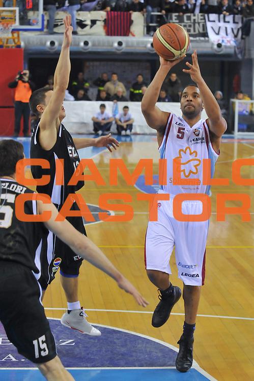 DESCRIZIONE : Rieti Lega A1 2008-09 Solsonica Rieti Eldo Caserta<br /> GIOCATORE : Jerry Green<br /> SQUADRA : Solsonica Rieti<br /> EVENTO : Campionato Lega A1 2008-2009 <br /> GARA : Solsonica Rieti Eldo Caserta <br /> DATA : 04/01/2009<br /> CATEGORIA : Tiro<br /> SPORT : Pallacanestro <br /> AUTORE : Agenzia Ciamillo-Castoria/E.Grillotti