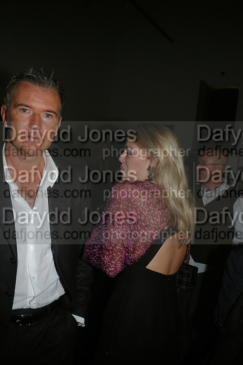 MARTIN EDMONSON AND PENNY HARKER, Helmut Newton XL. Hamiltons. Carlos Place. London. 25 September 2007. -DO NOT ARCHIVE-© Copyright Photograph by Dafydd Jones. 248 Clapham Rd. London SW9 0PZ. Tel 0207 820 0771. www.dafjones.com.