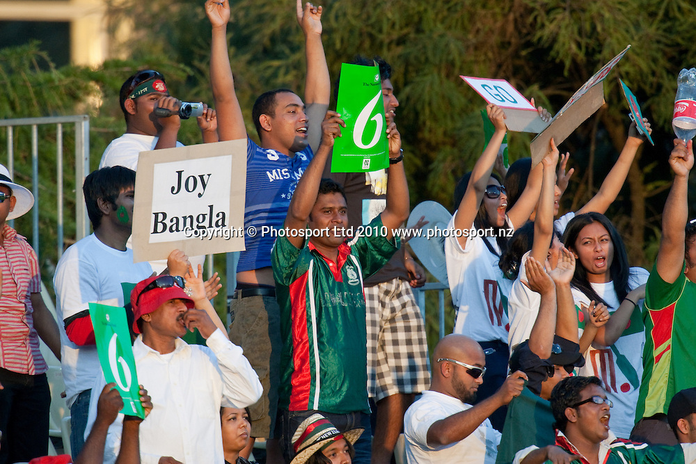 Bangladesh fans in the crowd during the National Bank Twenty20 Series cricket match between Bangladesh and New Zealand Blackcaps won by 10 wickets by the Blackcaps at Seddon Park, Hamilton, New Zealand, Wednesday 03 February 2010. Photo: Stephen Barker/PHOTOSPORT