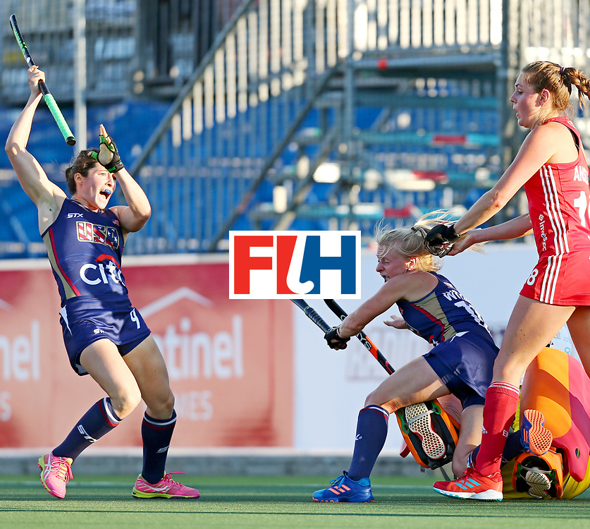 New Zealand, Auckland - 23/11/17  <br /> Sentinel Homes Women&rsquo;s Hockey World League Final<br /> Harbour Hockey Stadium<br /> Copyrigth: Worldsportpics, Rodrigo Jaramillo<br /> Match ID: 10305 - USA vs ENG<br /> Photo: (9) VITTESE Michelle anda (10) WITMER Jill