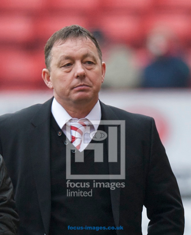 Picture by Alan Stanford/Focus Images Ltd +44 7915 056117.23/02/2013.Manager Billy Davies of Nottingham Forest before the npower Championship match at The Valley, London.