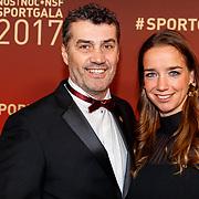NLD/Amsterdam/20171219 - Inloop NOC/NSF Sportgala 2017, Ron Berteling en partner