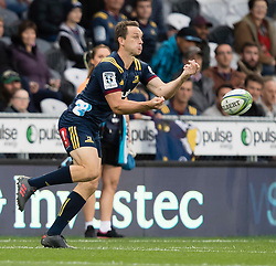 Highlanders' Ben Smith passes the ball against the Stormers in the Super Rugby match, Forsyth Barr Stadium, Dunedin, New Zealand, Friday, March 9, 2018. Credit:SNPA / Adam Binns ** NO ARCHIVING**