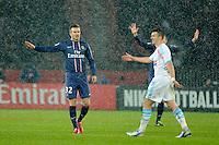 FOOTBALL - FRENCH CHAMPIONSHIP 2012/2013 - L1 - PARIS SAINT GERMAIN v OLYMPIQUE MARSEILLE - 24/02/2013 - PHOTO JEAN MARIE HERVIO / REGAMEDIA / DPPI - DAVID BECKHAM (PSG)