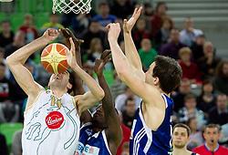 Giorgi Shermadini of Olimpija  during basketball match between KK Union Olimpija and Zadar in 15th round of NLB league in Arena Stozice on January 8, 2010 in SRC Stozice, Ljubljana, Slovenia. Union Olimpija defeated Zadar 78-53. (Photo by Vid Ponikvar / Sportida)