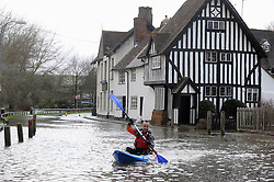 © Licensed to London News Pictures. 24/12/2013<br />