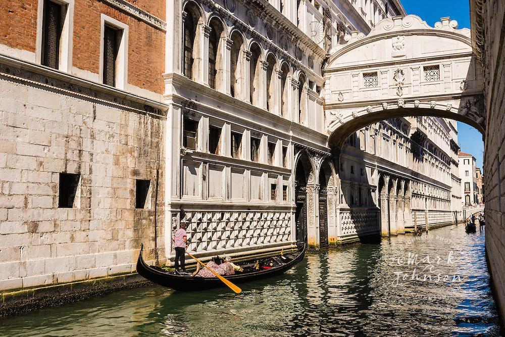 Bridge of Sighs, Rio de Palazzo O de Canonica, Venice, Italy, Europe