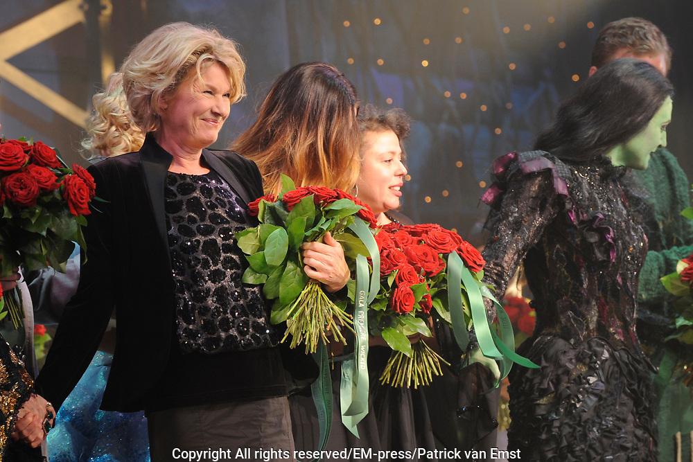 Premiere musical Wicked in het Circus Theater, Scheveningen.<br /> <br /> Op de foto:  Martine Bijl