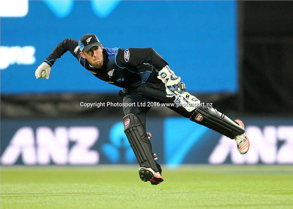 Luke Ronchi attempts to throw down the stumps. New Zealand Black Caps v Australia, 2nd match of the Chappell-Hadlee ODI Cricket Series. Westpac Stadium, Wellington, New Zealand. Saturday 6th February 2016. Copyright Photo.: Grant Down / www.photosport.nz