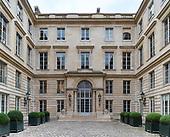 Talleyrand courtyard daytime