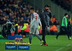 LONDON, ENGLAND - Monday, February 4, 2019: Liverpool's Roberto Firmino walks pasts manager Jürgen Klopp after being substituted during the FA Premier League match between West Ham United FC and Liverpool FC at the London Stadium. (Pic by David Rawcliffe/Propaganda)