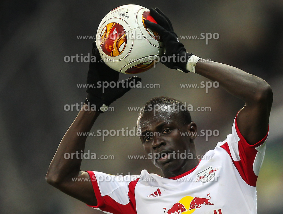 12.12.2013, Red Bull Stadion, Salzburg, AUT, UEFA EL, FC Red Bull Salzburg vs Esbjerg fB, Gruppe C, im Bild Sadio Mane, (FC Red Bull Salzburg, #10) // during the UEFA Europa League group C Match between FC Red Bull Salzburg and Esbjerg fB at the Red Bull Stadion, Salzburg, Austria on 2013/12/12. EXPA Pictures © 2013, PhotoCredit EXPA/ Roland Hackl