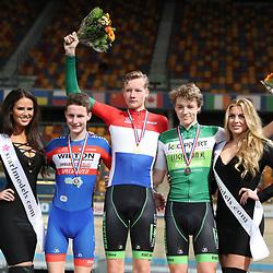 Podium junioren puntenkoers kampioen Daan Hoole, twee Philip Heijen en derde Maikel Zijlaard