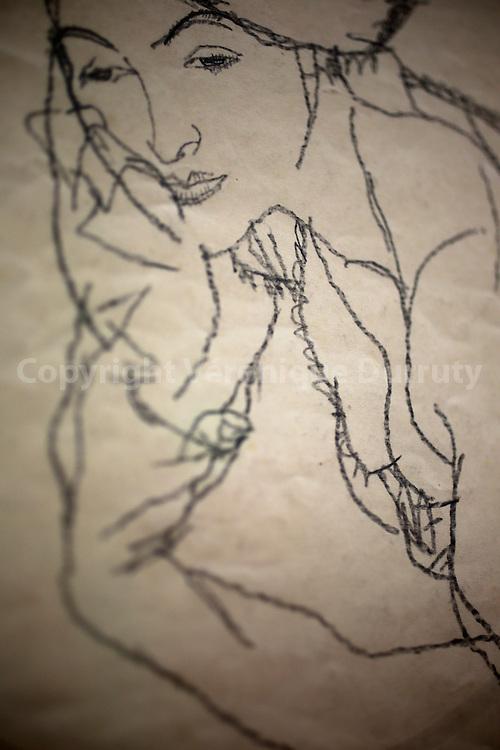 Egon Schiele, Auf dem Bauch Liegende mit aufgestutzten Armen, Lying on her abdomen with Propped-Up Arms, 1913, Leopold Museum, Vienna, Austria // Egon Schiele, Auf dem Bauch Liegende mit aufgestutzten Armen, femme allongee sur le ventre bras replies, 1913, Musee Leopold, Vienne, Autriche