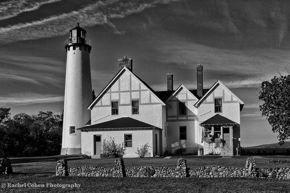 &quot;Light so Tall&quot; B&amp;W<br />