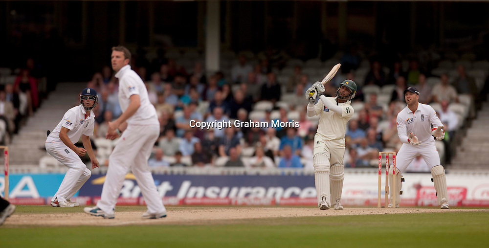 Imran Farhat drives Graeme Swann back over his head for four during the third npower Test Match between England and Pakistan at the Oval.  Photo: Graham Morris (Tel: +44(0)20 8969 4192 Email: sales@cricketpix.com) 21/08/10