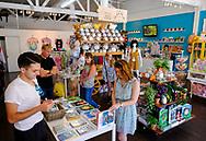 7月28日,美国洛杉矶,顾客们在吉卜力工作室购物。由日本动画大师宫崎骏成立的吉卜力工作室在洛杉矶开设美国首家官方快闪店,成为宫崎骏迷必访之处。该店将开业到下月24日。新华社发 (赵汉荣摄)<br /> People shop at the JapanLA on June 28, 2017 in Los Angeles, the United States. The cute culture shop JapanLA launched the first official U.S. Studio Ghibli pop-up, which runs until July 24.  (Xinhua/Zhao Hanrong)(Photo by Ringo Chiu)<br /> <br /> Usage Notes: This content is intended for editorial use only. For other uses, additional clearances may be required.