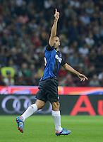 FUSSBALL INTERNATIONAL   SERIE A   SAISON  2012/2013   7. Spieltag AC Mailand  - Inter Mailand                     07.10.2011 JUBEL Inter; Torschuetze zum 0-1 Walter Samuel