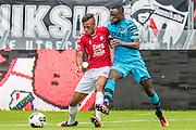 UTRECHT - 21-08-2016, FC Utrecht - AZ, Stadion Galgenwaard, 1-2, FC Utrecht speler Richairo Zivkovic  debuut, AZ speler Fernando Lewis
