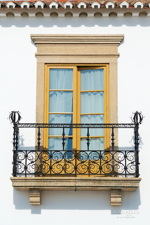 Tradicional window and Balcony at Alentejo house