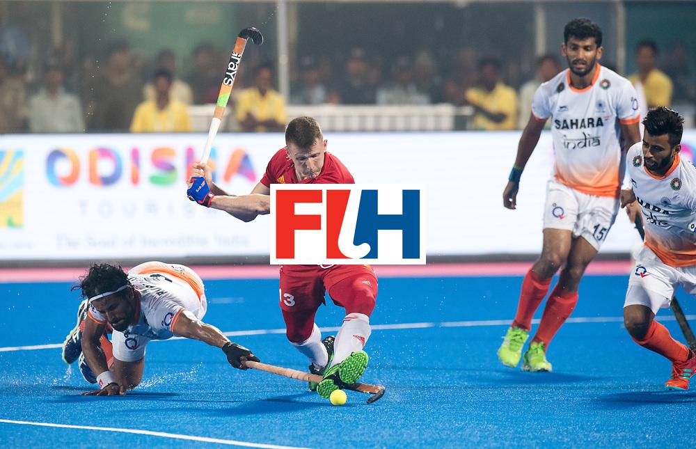 Odisha Men's Hockey World League Final Bhubaneswar 2017<br /> Match id:05<br /> 06 IND v ENG (Pool B)<br /> Foto: Sam Ward (Eng), Rupinder Pal Singh (Ind) try defend Sam.<br /> WORLDSPORTPICS COPYRIGHT FRANK UIJLENBROEK