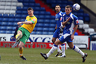 Oldham - Saturday February 26th, 2010 :  Michael Nelson in action during the Coca Cola League One match at Boundary Park, Oldham. (Pic by Paul Chesterton/Focus Images)..